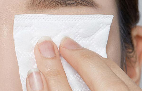 Etude House Lip and Eye Remover sminklemosó használata