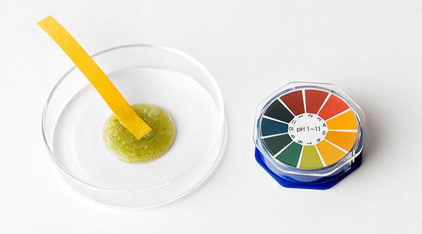 Bőrbarát mitesszereltávolító artisztító hab a Some BY Mi-től